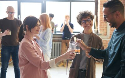 How to hold a conversation: 9 Easy Tips You Can Use Today